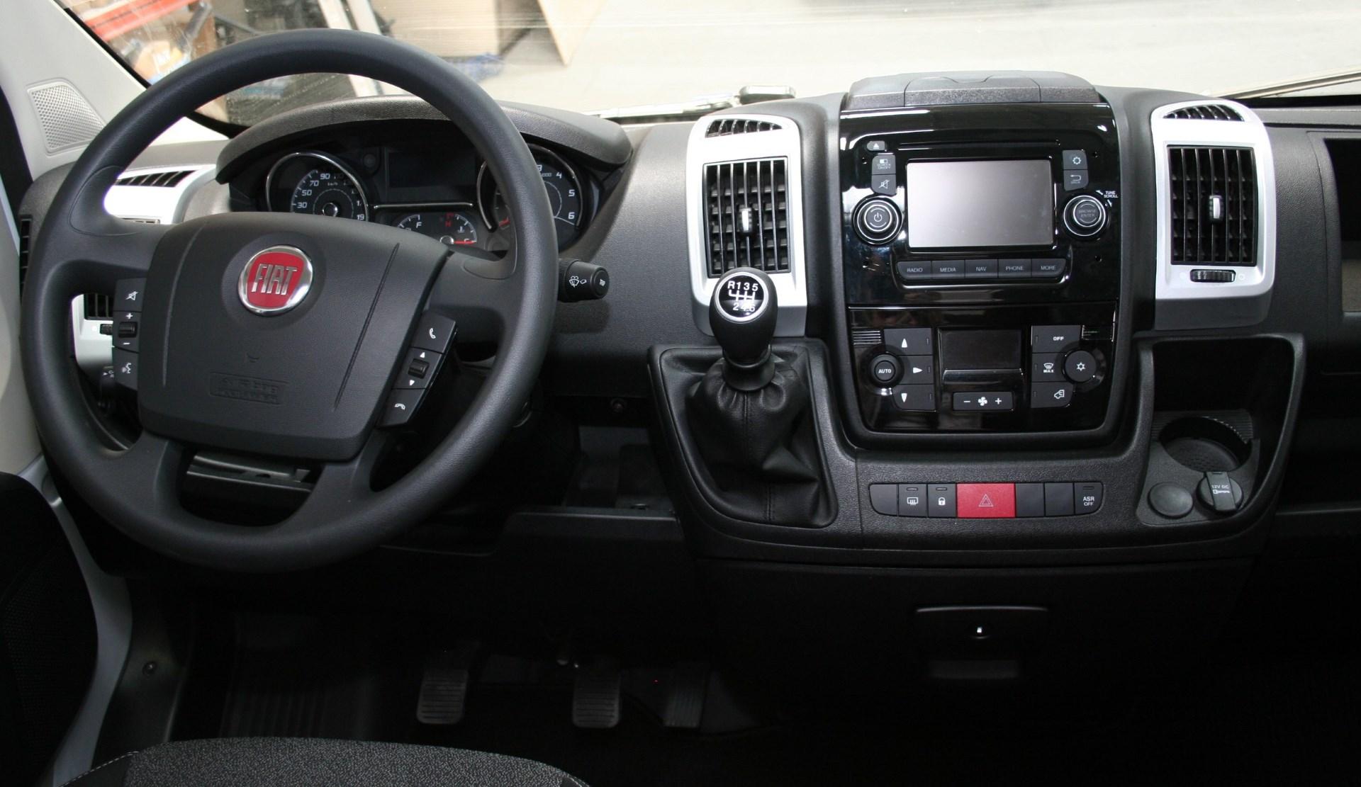Family S L2H2 Fiat Ducato Bunkervan (25)
