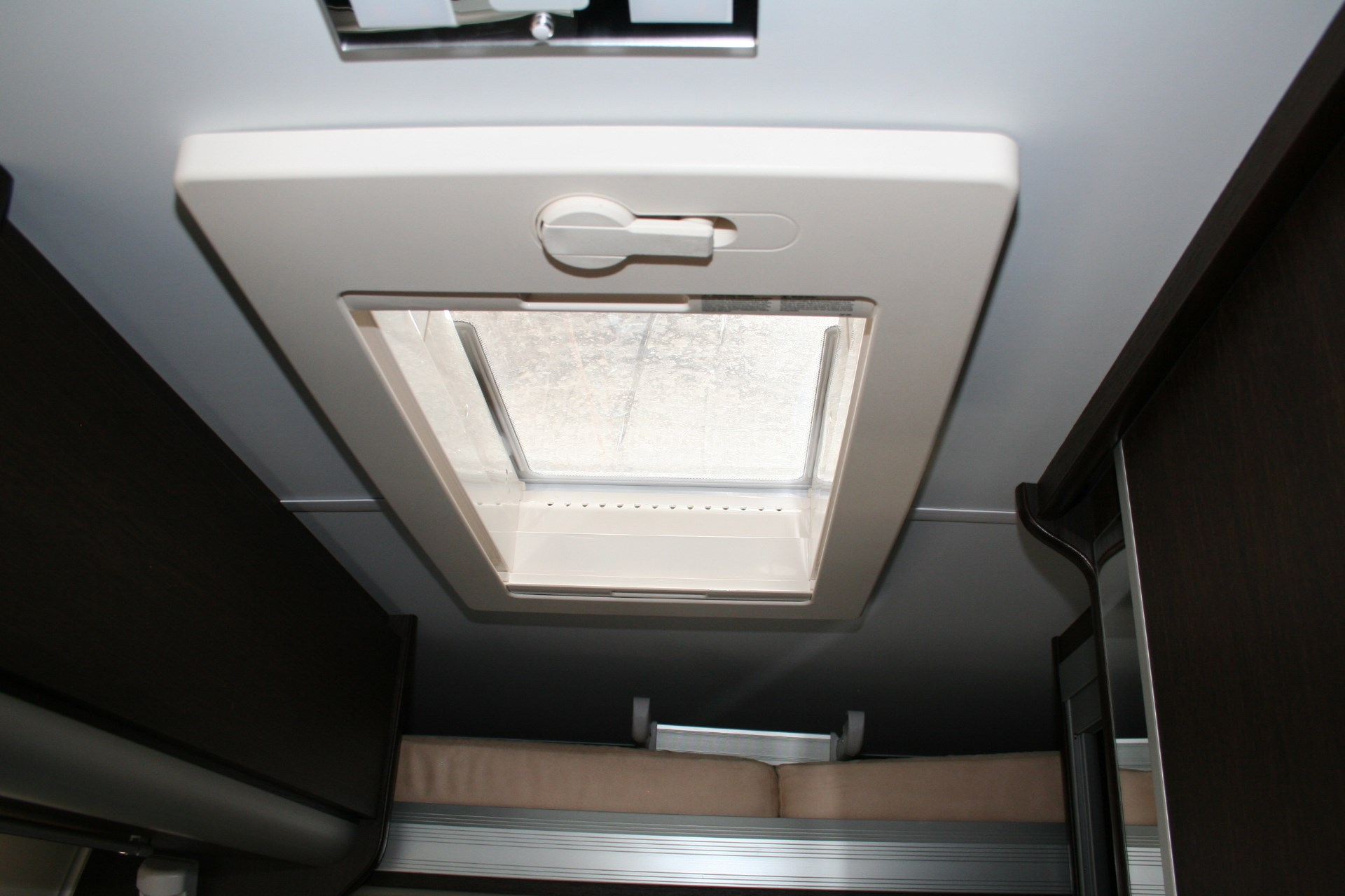Team Travel 636 L4H2 Fiat Ducato Bunkervan (19)