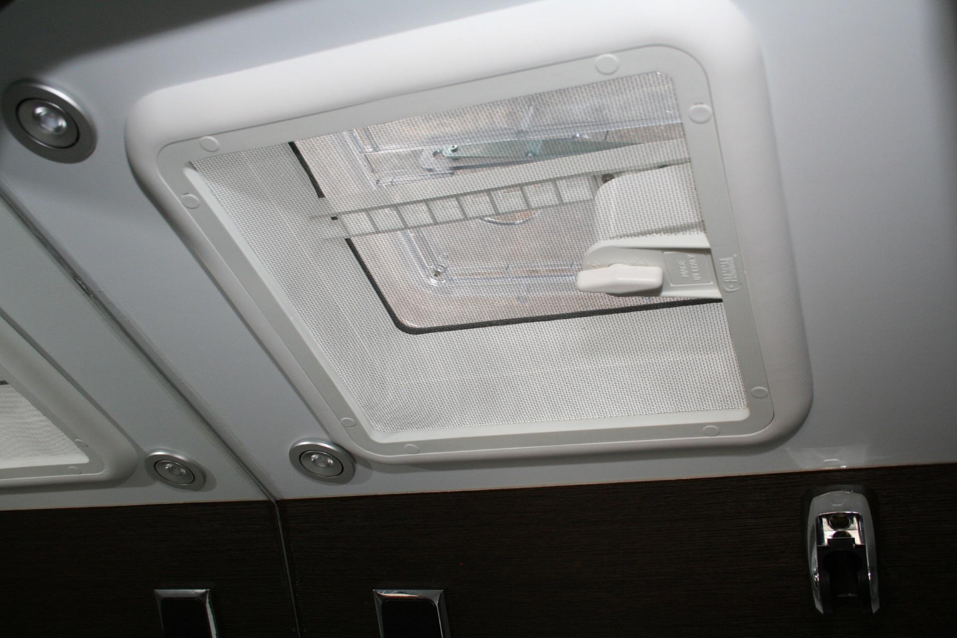 Team Travel 636 L4H2 Fiat Ducato Bunkervan (20)
