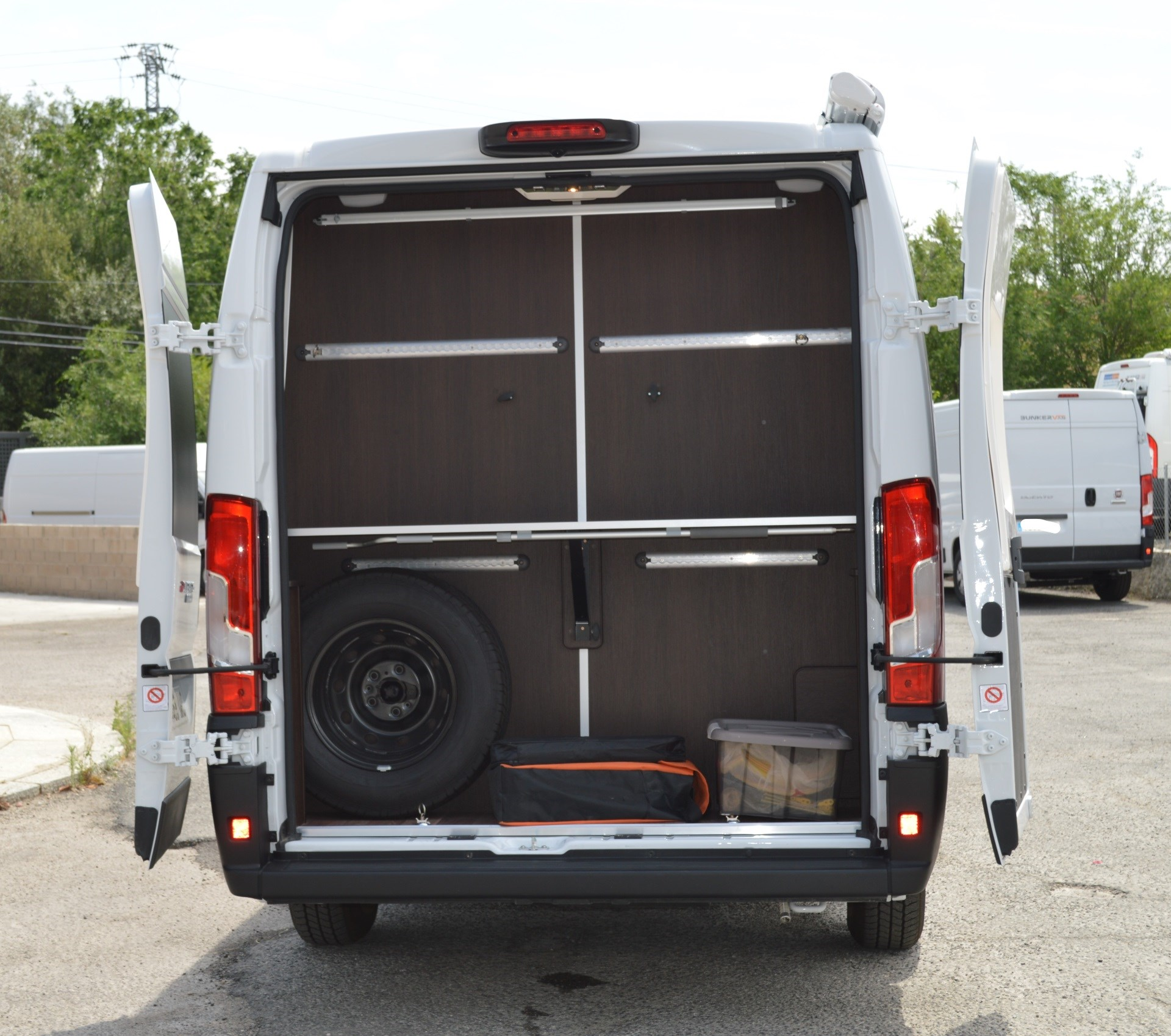 Team Travel 636 L4H2 Fiat Ducato Bunkervan (29)